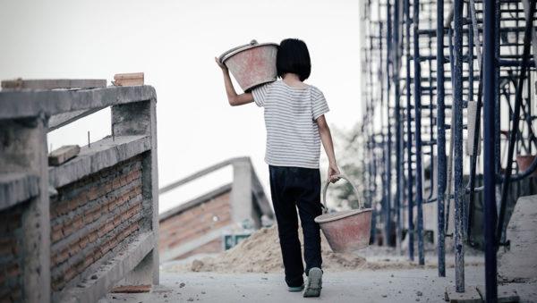 Los trabajos forzados afectan especialmente a niñas y niños Casa Alianza México